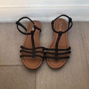 Nina sandals